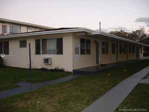 650 000$ - Miami-Dade County,North Miami Beach; 2880 sq. ft.