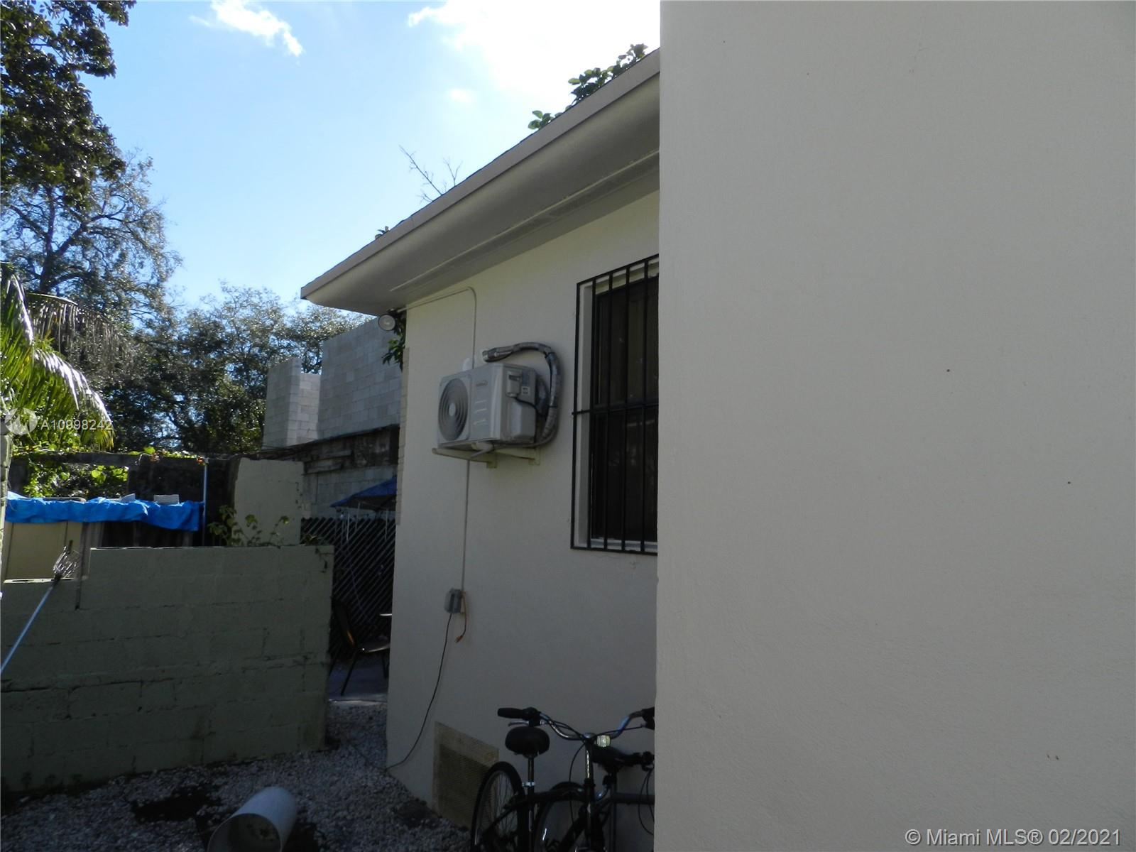 /  1550 sq. ft. $ 2021-02-11 0 Photo