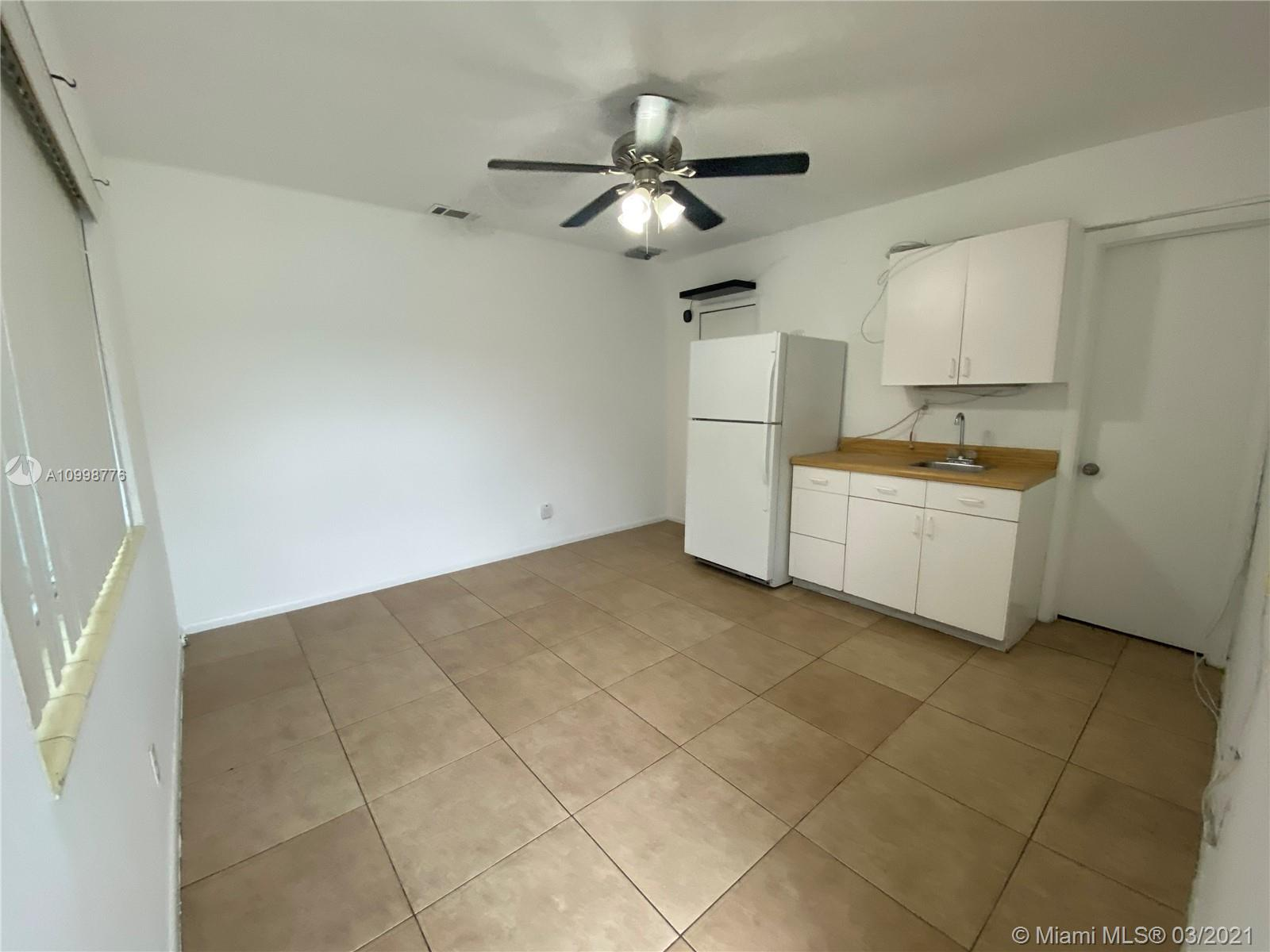 /  2279 sq. ft. $ 2021-02-12 0 Photo