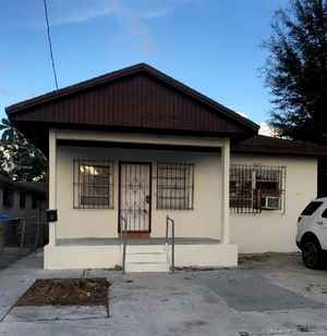 459 900$ - Miami-Dade County,Miami; 2046 sq. ft.