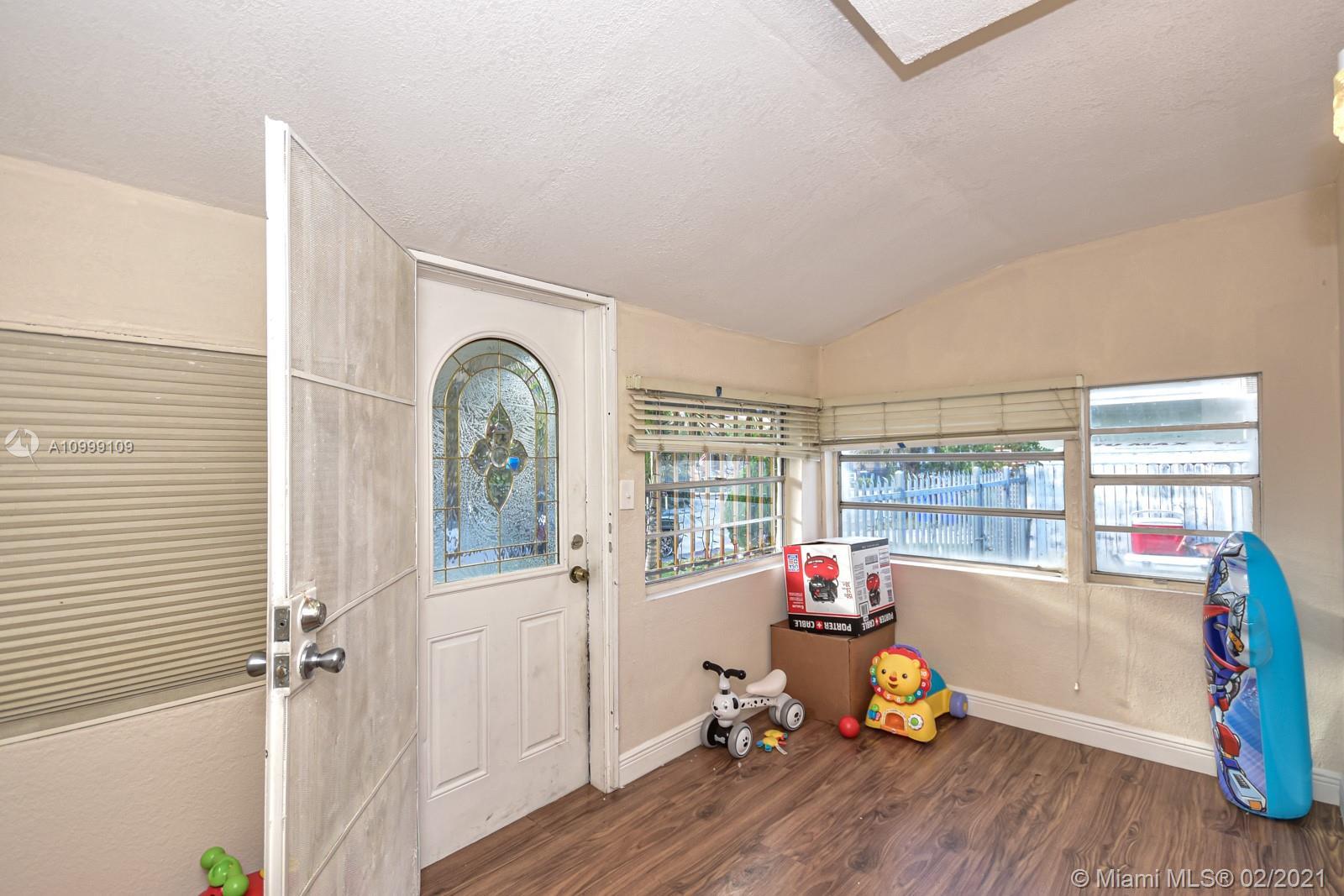 /  2031 sq. ft. $ 2021-02-23 0 Photo