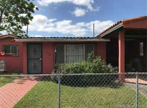 499 000$ - Miami-Dade County,Sweetwater; 1647 sq. ft.