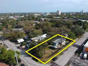 350 000$ - Miami-Dade County,Miami; 1272 sq. ft.