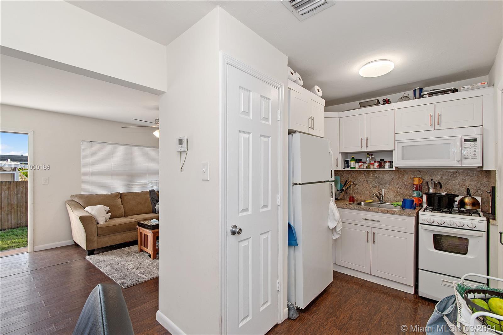 /  1356 sq. ft. $ 2021-02-16 0 Photo