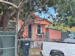 380 000$ - Miami-Dade County,Miami; 922 sq. ft.