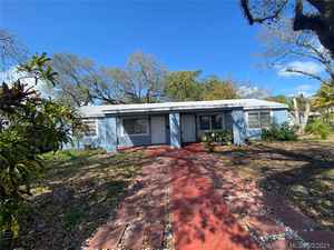 405 000$ - Miami-Dade County,North Miami; 1789 sq. ft.