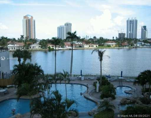 Photo of 19101 Mystic Pointe Dr #2212, Aventura, Florida, 33180 - Swimming Pool
