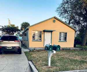 240 000$ - Palm Beach County,Lake Worth; 1107 sq. ft.