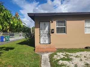 255 000$ - Miami-Dade County,Miami; 902 sq. ft.