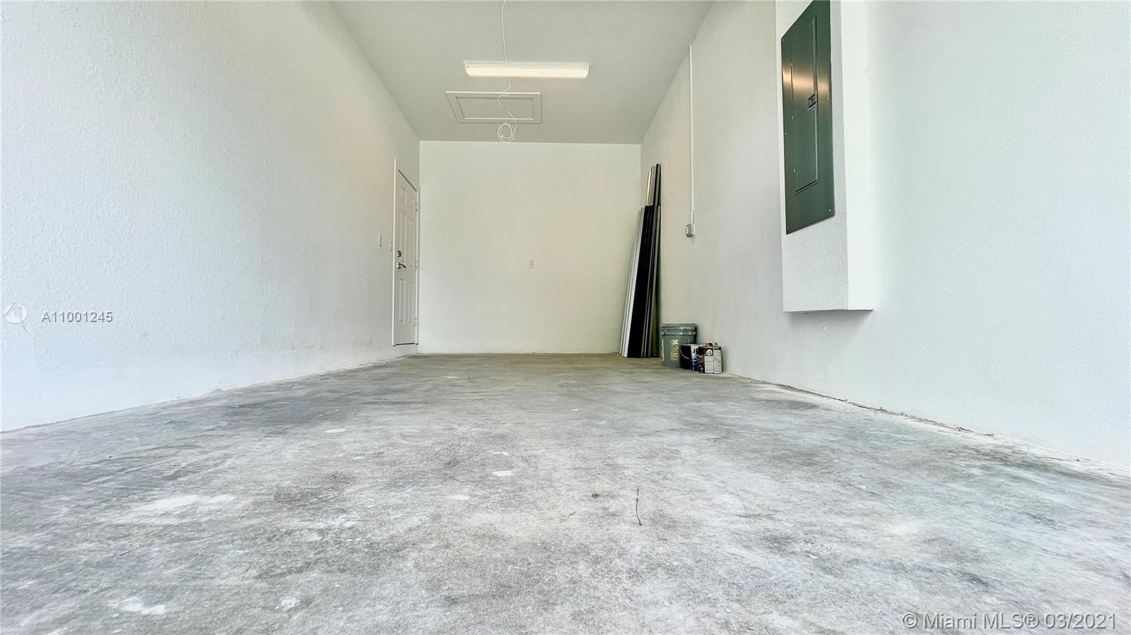 /   sq. ft. $ 2021-02-18 0 Photo