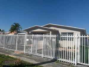 429 900$ - Miami-Dade County,Hialeah; 1710 sq. ft.