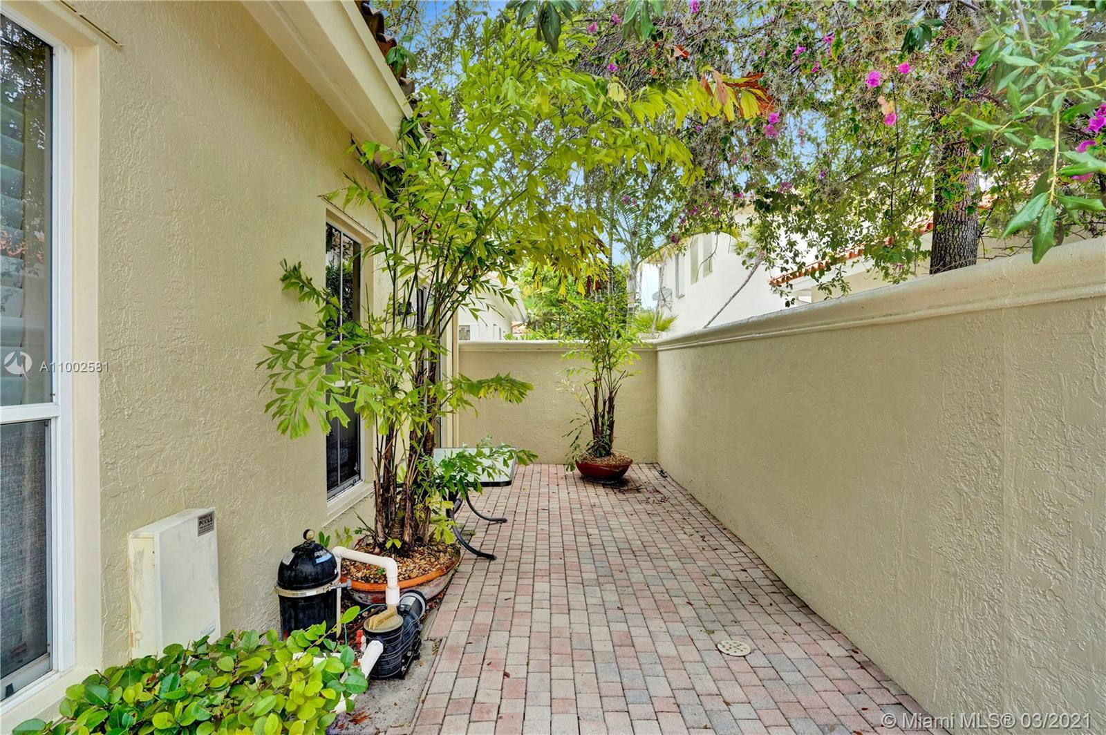 Photo of 1537 Mariner Way, Hollywood, Florida, 33019 -