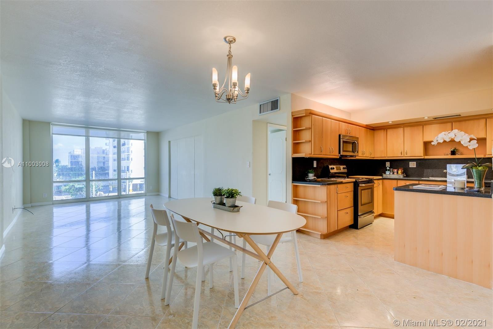 Photo of 1600 Ocean Dr #4J, Hollywood, Florida, 33019 -