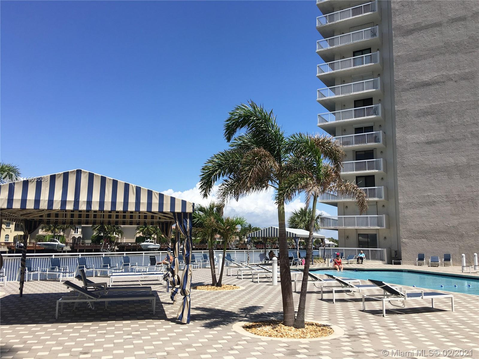 Photo of 1600 Ocean Dr #4J, Hollywood, Florida, 33019 - Club House with GYM