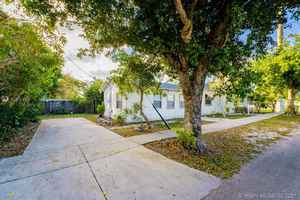 355 000$ - Broward County,Hollywood; 1814 sq. ft.