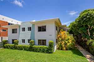 2 200 000$ - Miami-Dade County,Bay Harbor Islands; 6100 sq. ft.