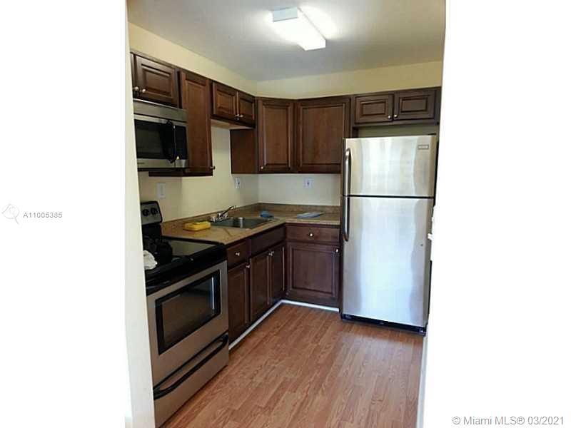 /  2425 sq. ft. $ 2021-02-26 0 Photo