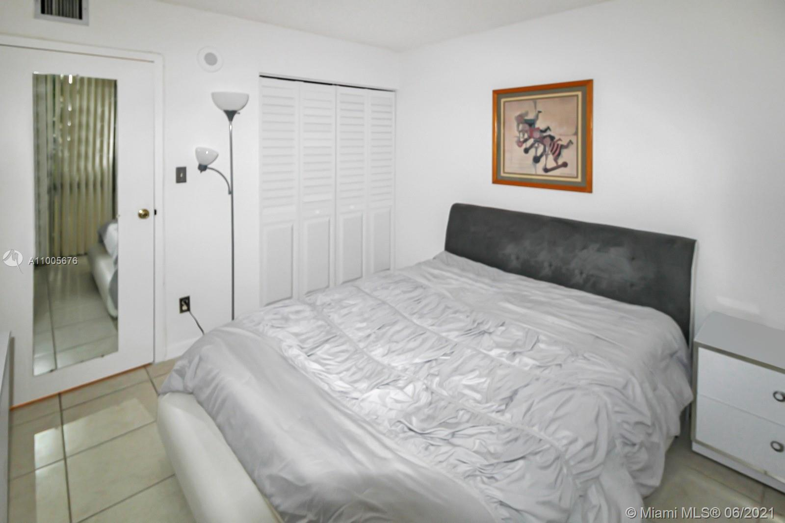 Photo of 16919 Bay Rd #101, Sunny Isles Beach, Florida, 33160 - Master bath