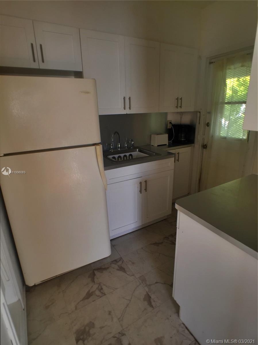 /  4565 sq. ft. $ 2021-04-16 0 Photo