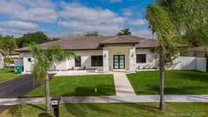 699 000$ - Miami-Dade County,Miami; 9350 sq. ft.