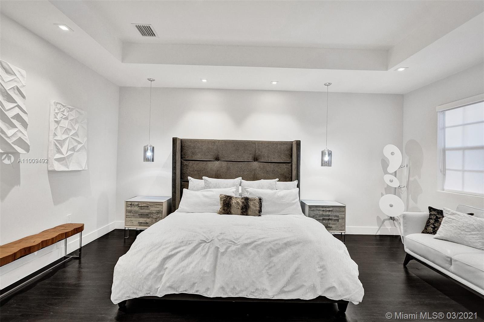 Photo of 19413 38th Ct, Sunny Isles Beach, Florida, 33160 - Master Bedroom