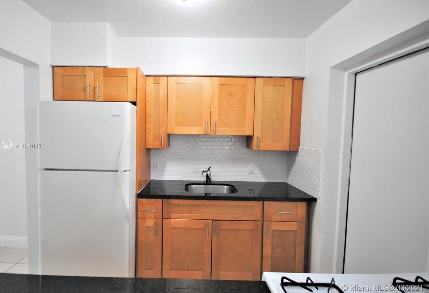 /  6850 sq. ft. $ 2021-04-06 0 Photo