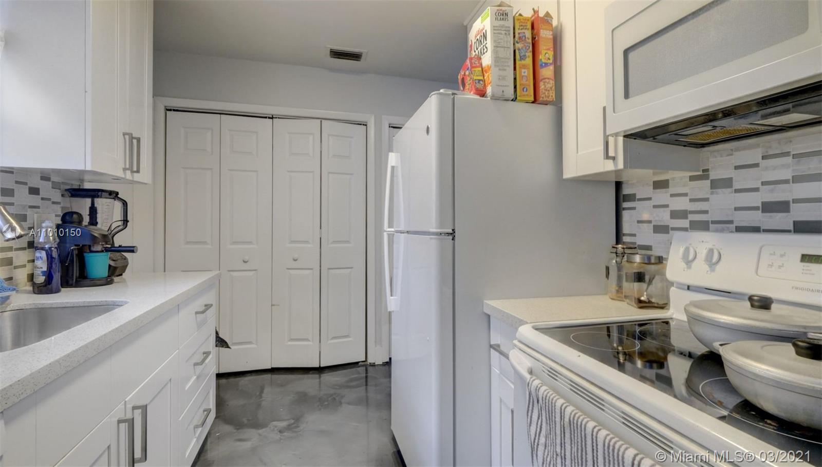 /  2550 sq. ft. $ 2021-03-09 0 Photo