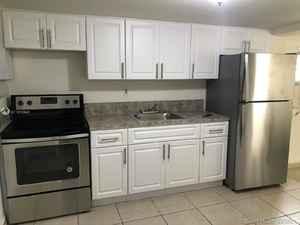 410 000$ - Miami-Dade County,Miami; 2235 sq. ft.