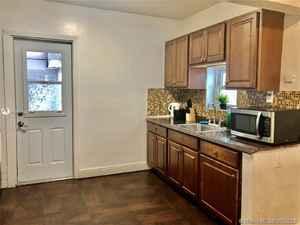 419 000$ - Broward County,Hollywood; 1401 sq. ft.
