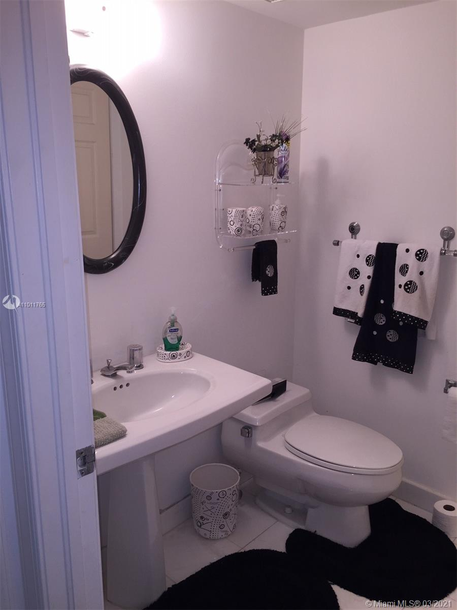 Photo of 3530 Mystic Pointe Dr #2914, Aventura, Florida, 33180 -
