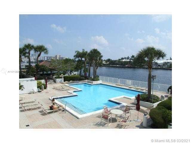 Photo of 20281 Country Club Dr #402, Aventura, Florida, 33180 - Cabana