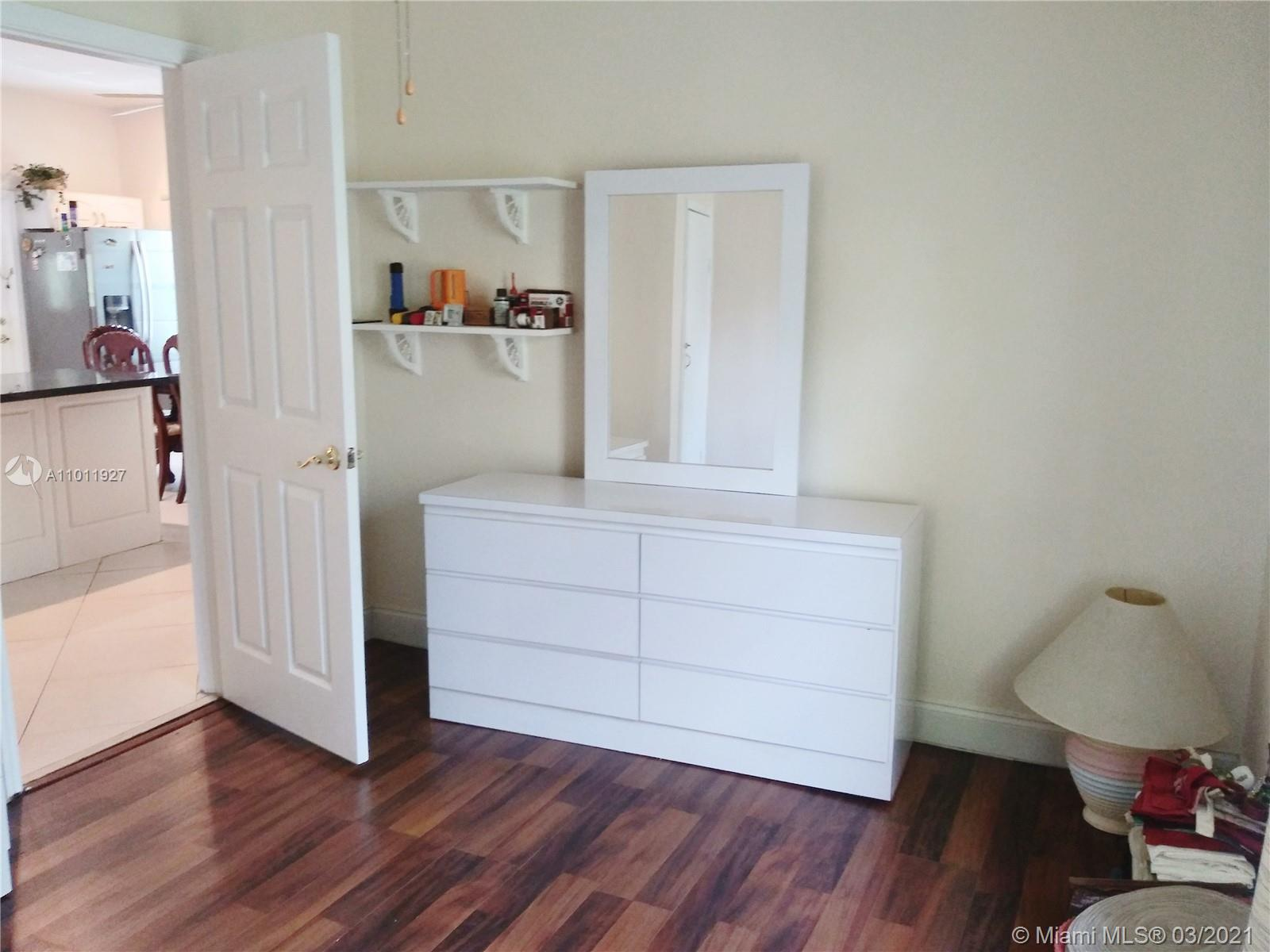 /  2362 sq. ft. $ 2021-03-11 0 Photo