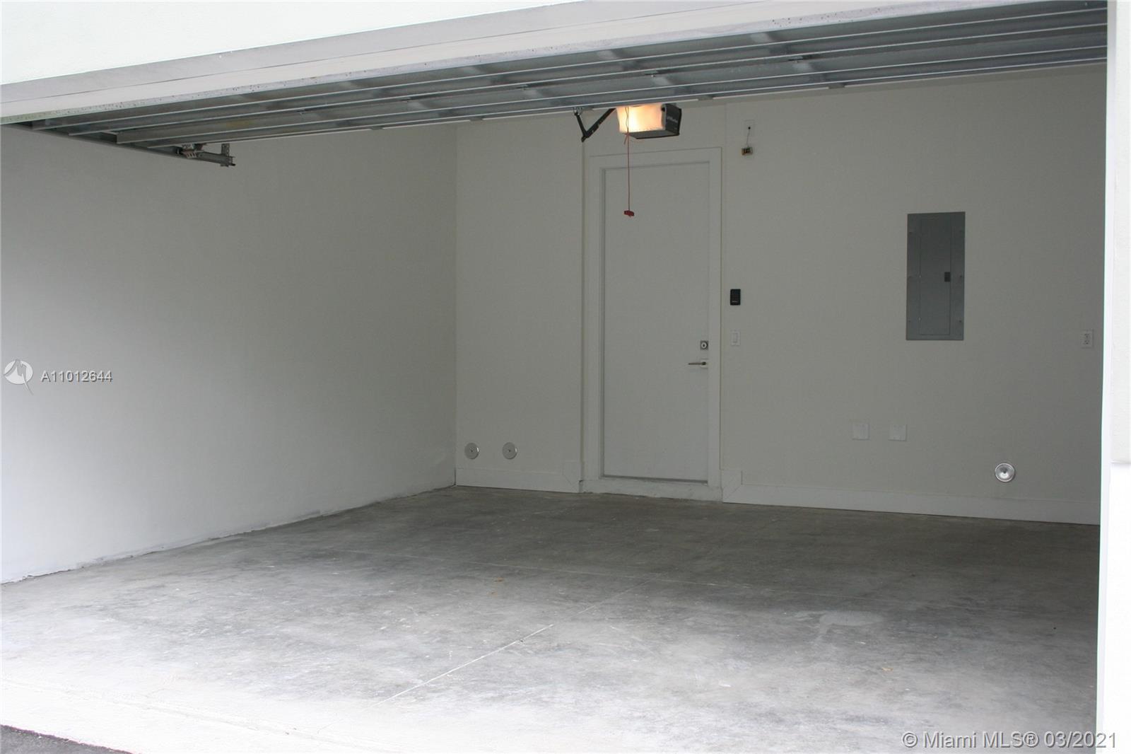 1,2,3,4,5,6,  /   sq. ft. $ 2021-03-13 0 Photo