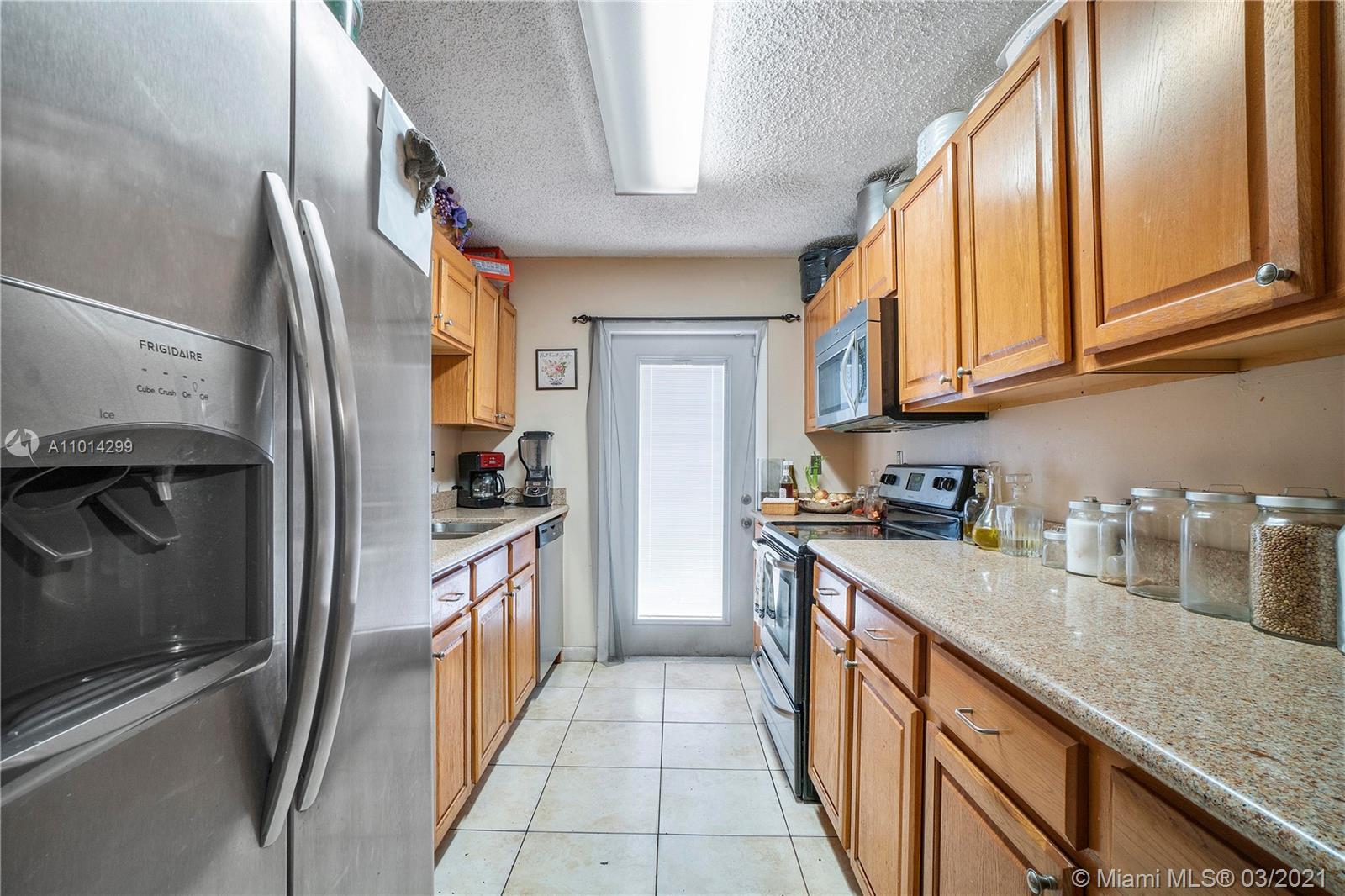 /  2225 sq. ft. $ 2021-03-17 0 Photo
