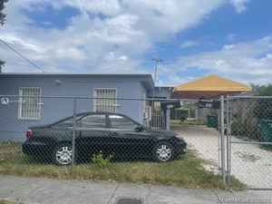 220 000$ - Miami-Dade County,Florida City; 1309 sq. ft.