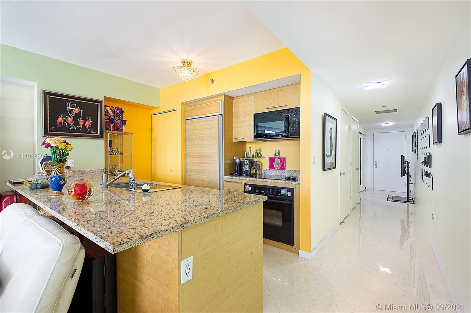 4805 1 / 1 811 sq. ft. $ 2021-04-23 0 Photo