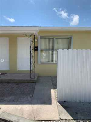 485 000$ - Palm Beach County,Lake Worth; 1730 sq. ft.
