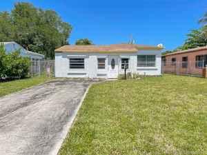 350 000$ - Miami-Dade County,North Miami Beach; 5600 sq. ft.