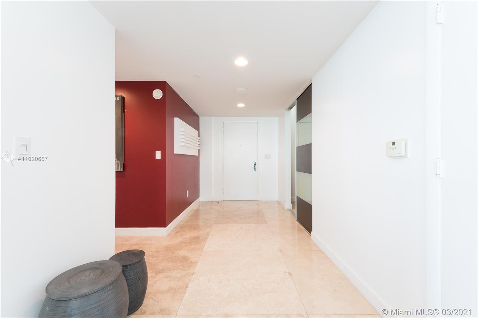 1401 3 / 3 2065 sq. ft. $ 2021-04-16 0 Photo