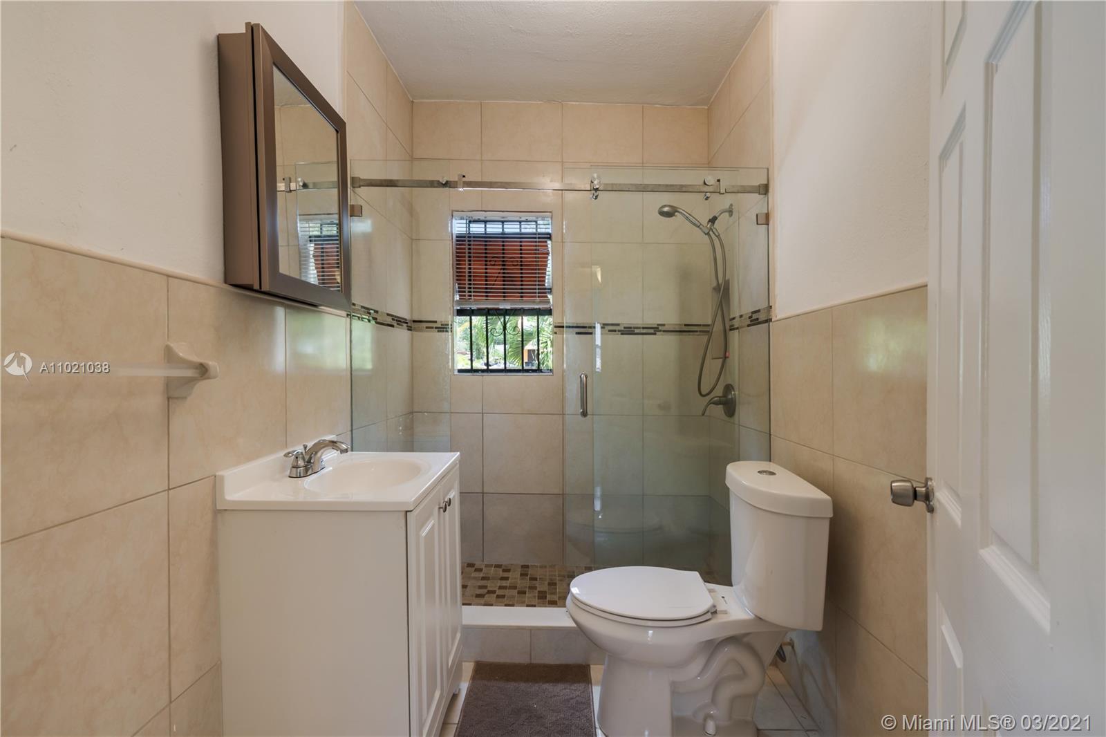 /  1800 sq. ft. $ 2021-03-31 0 Photo