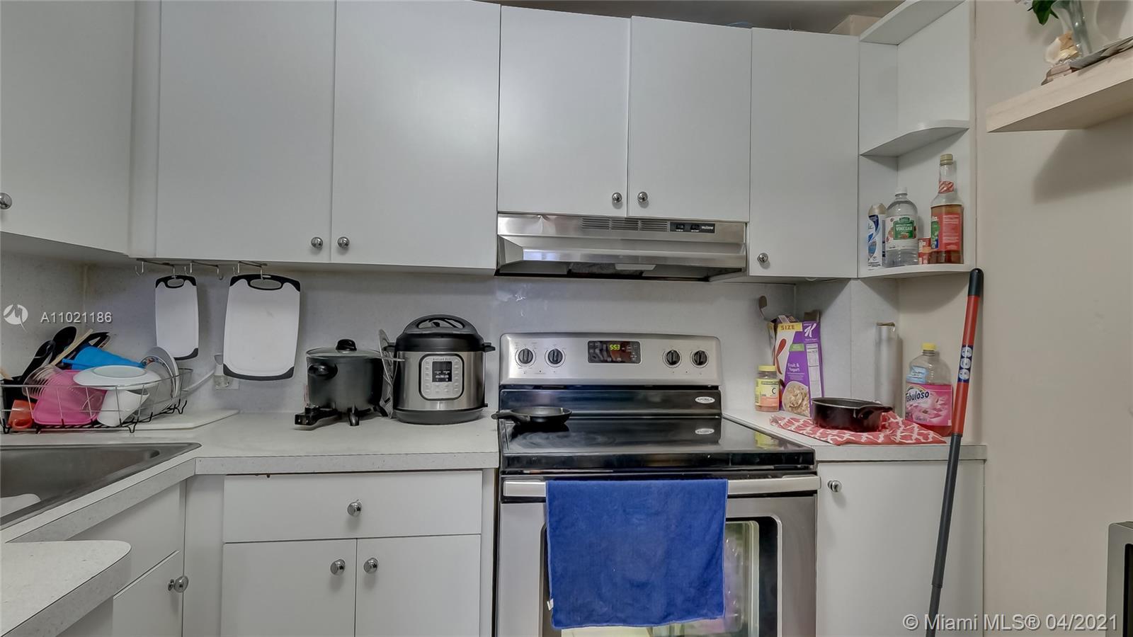 /  2624 sq. ft. $ 2021-03-31 0 Photo