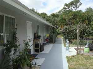 365 000$ - Palm Beach County,Lake Worth; 1924 sq. ft.