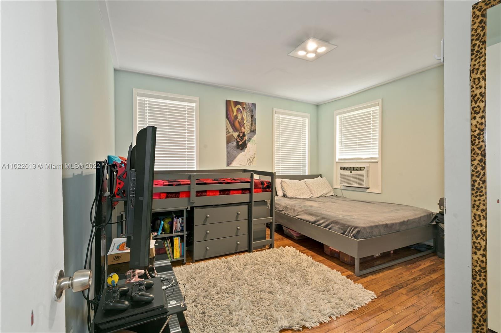 /  2338 sq. ft. $ 2021-04-03 0 Photo