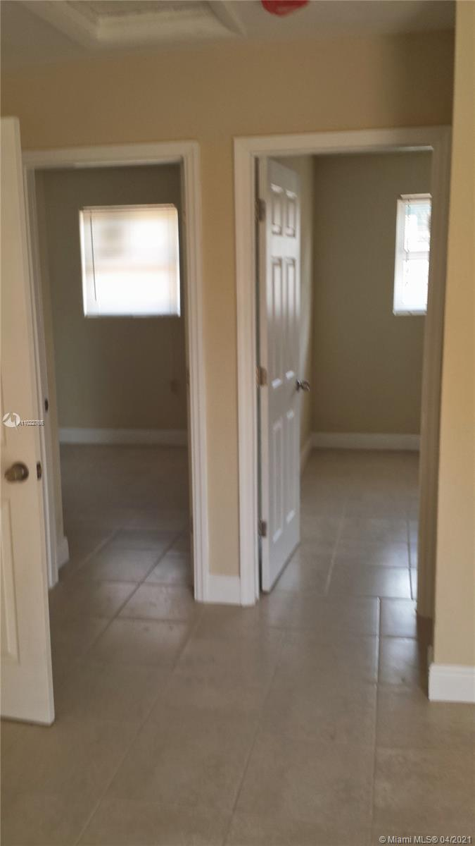 /  1900 sq. ft. $ 2021-04-04 0 Photo