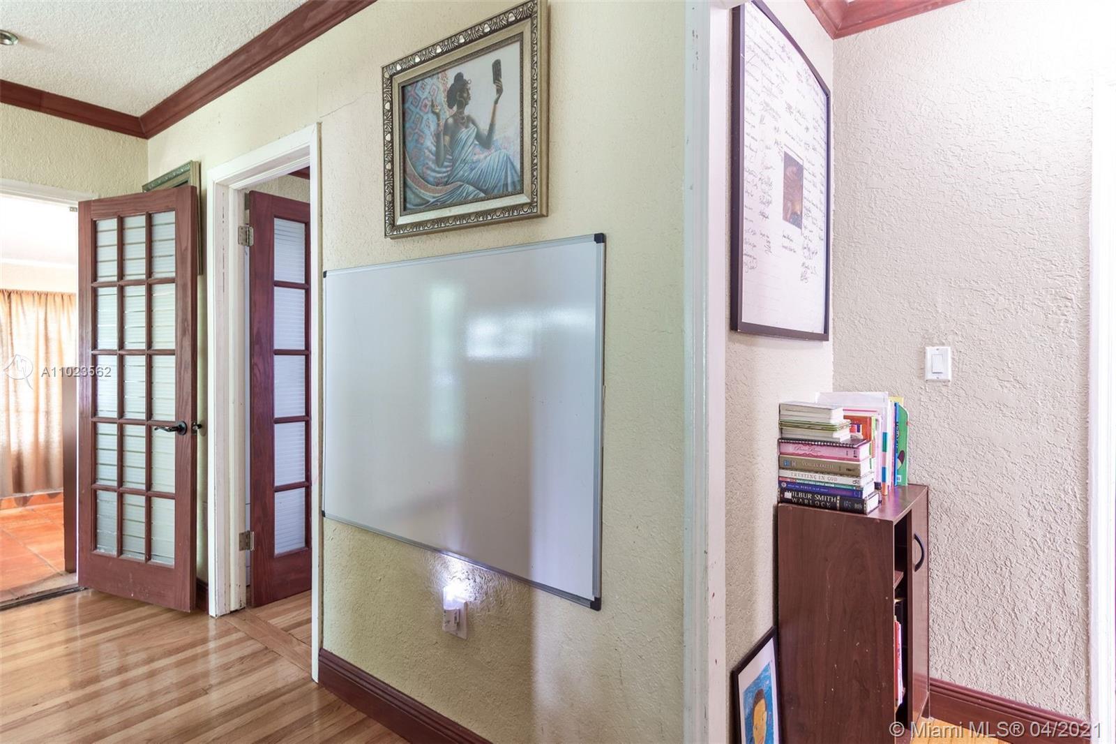 /  1618 sq. ft. $ 2021-04-06 0 Photo