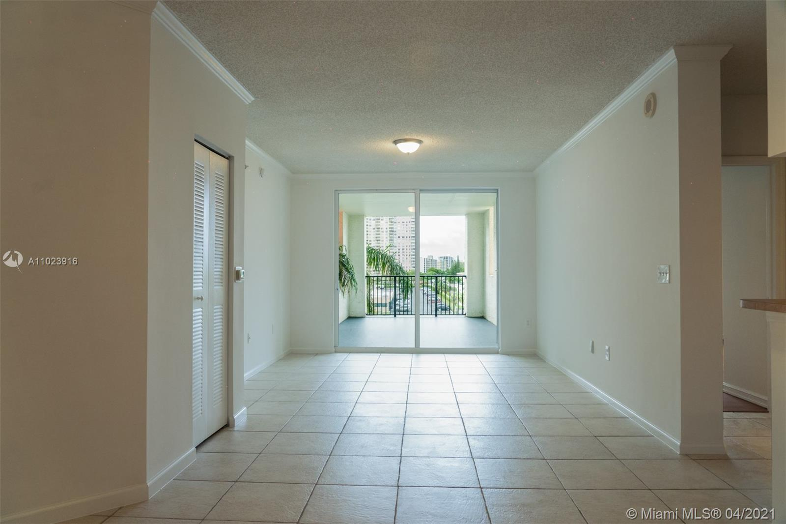 Photo of 17150 Bay Rd #2510, Sunny Isles Beach, Florida, 33160 - Balcony view