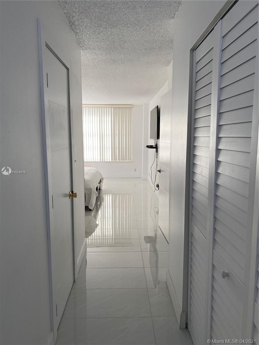 Photo of 3800 Ocean Dr #415, Hollywood, Florida, 33019 -