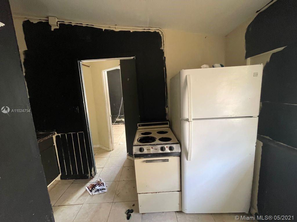 /  816 sq. ft. $ 2021-04-08 0 Photo