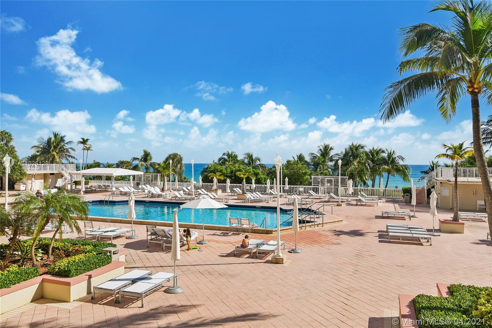 Photo of 9801 Collins Ave #20V, Bal Harbour, Florida, 33154 - Servise Beach, towels, umbrellas, chairs, tables and restaurant Balmoral for the residences