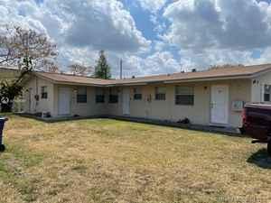 399 900$ - Broward County,Lauderhill; 2435 sq. ft.